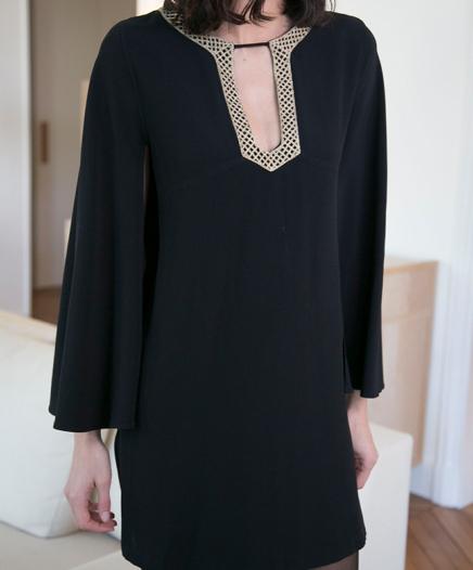 Robe Antique Noire