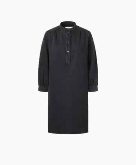 Robe Gia Noire