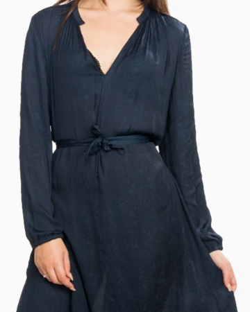 Robe Elva Black Saphire