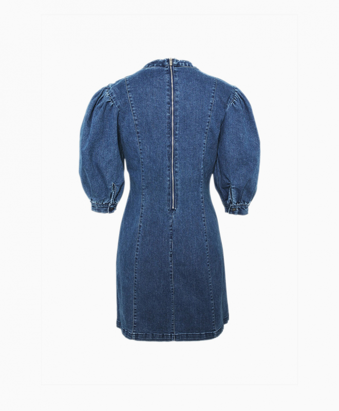 Location Robe Only 4
