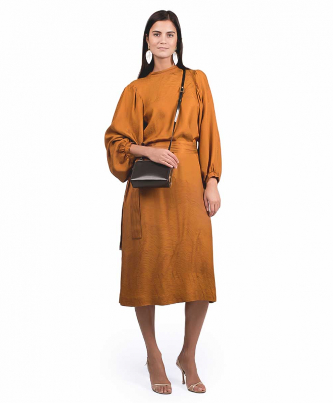 Location Robe INDRESS Quentin Moutarde 2